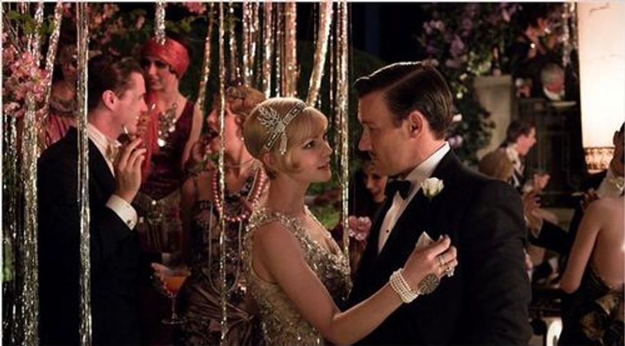 What are the differences between the 2013 Great Gatsby movie and the book?